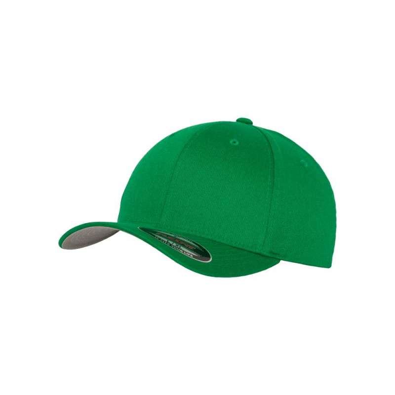 Flexfitkeps, klargrön 6277 med böjd skärm